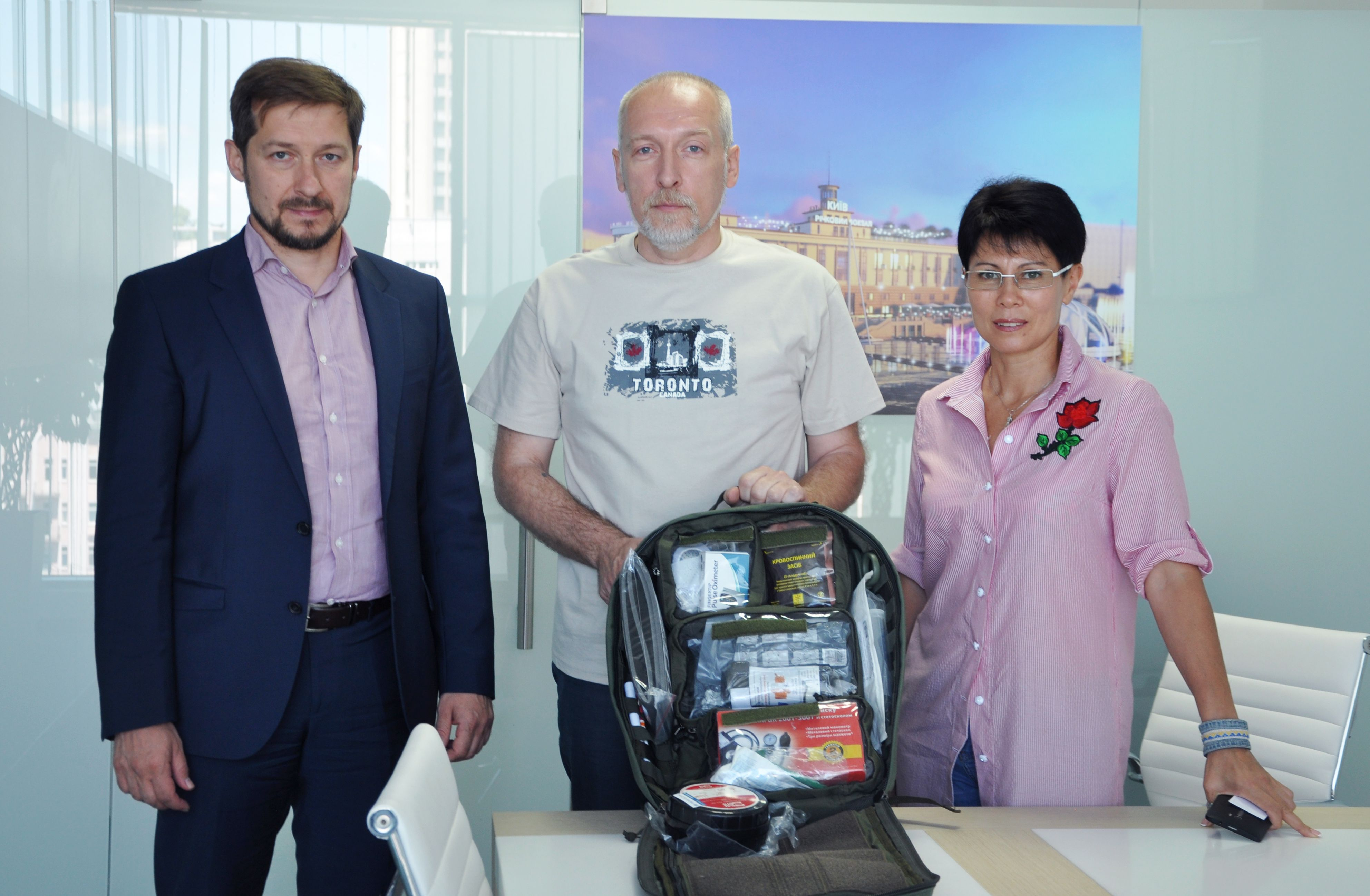 Urban Experts purchased 22 medical backpacks for the military in the ATO zone