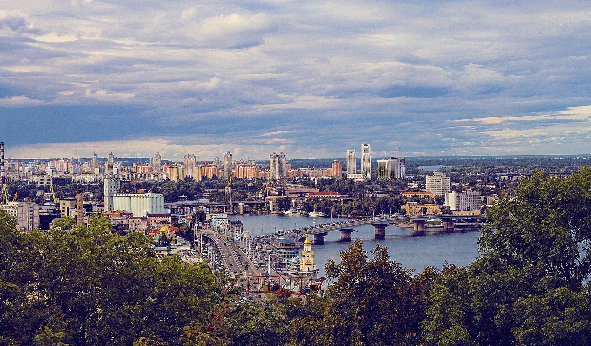 Команда Urban Experts создаст архитектурную концепцию ТРЦ в крупнейшем жилом массиве Киева